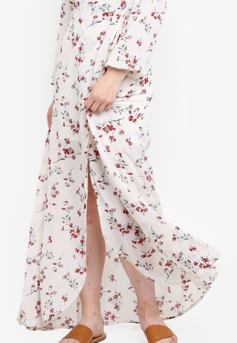 Print Wrap Dress Borrowed 2 Maxi Something White in Based 1 agwxFxpOzq