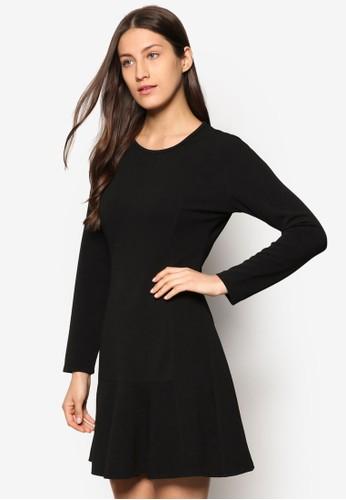 Collection 低腰荷葉飾長袖洋裝、 服飾、 洋裝ZALORACollection低腰荷葉飾長袖洋裝最新折價