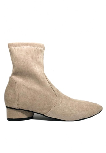 Twenty Eight Shoes beige Synthetic Suede Ankle Boots 5541 1DE2CSH5076BE9GS_1