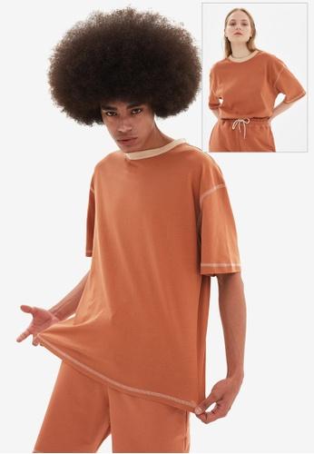 Trendyol brown Oversized T-Shirt 44BB9AA8A7313CGS_1