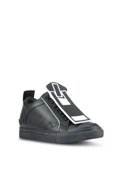 50% OFF House of Avenues Sneakers With Detachable Printed Zip Detail HK$  1,179.00 NOW HK$ 589.00 Sizes 36 37 38 39