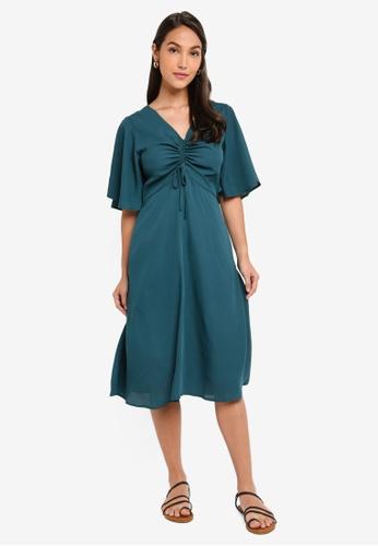 ZALORA 綠色 褶飾喇叭袖洋裝 C4D64AAE590324GS_1