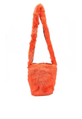 niko and ... orange Fur Bag A08BCAC18C63C4GS_1