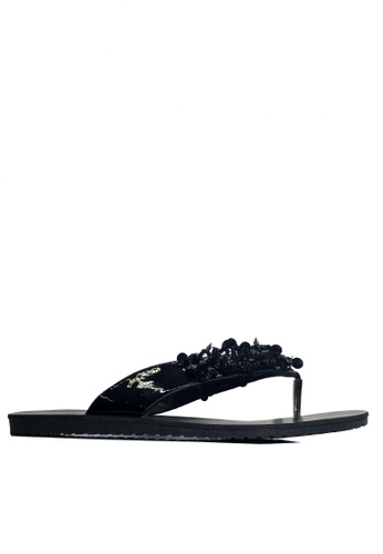 Twenty Eight Shoes black Beaded Flip Flops VS819 48AE1SH7CC177CGS_1