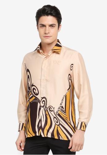 Gene Martino beige Batik Shirt 8657BAA60D6B75GS_1
