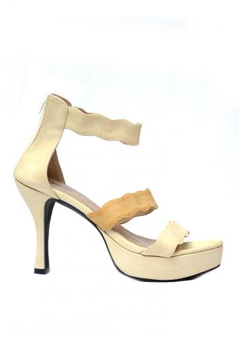 Ohrelle beige Ursula Single-Strap Zipped-Back Platform Heels ACBC2SH5CBD5FEGS_1