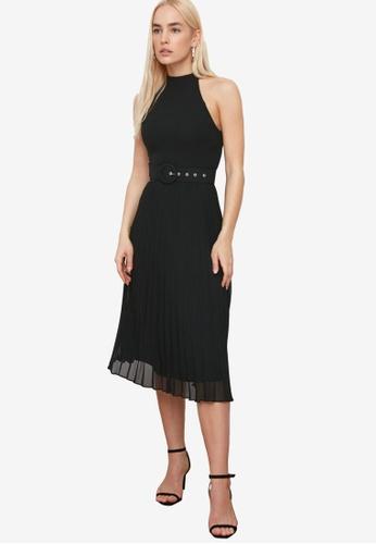 Trendyol black Belted Midi Pleats Dress B3A58AA689BCBAGS_1