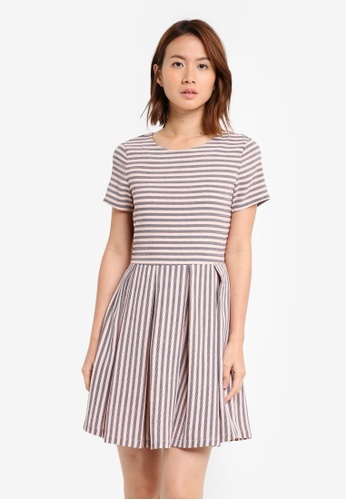 ZALORA pink Short Sleeve Fit & Flare Dress CE7DCAAE001A57GS_1