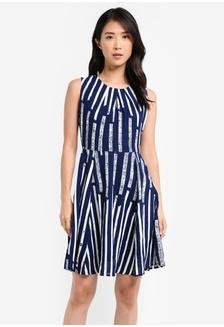 Buy womens fashion online zalora hong kong pleated neckline dress 8db52aa39be96bgs1 zalora stopboris Images