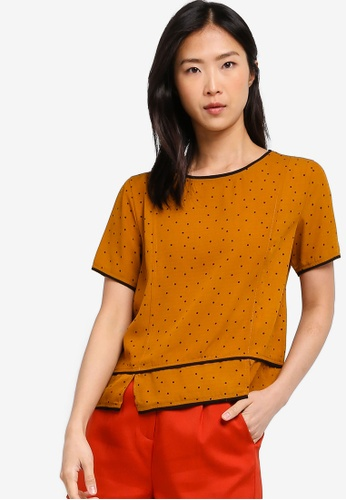 ZALORA BASICS yellow Basic Contrast Piping Top 57CE0AAC5C5055GS_1