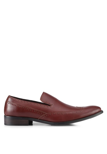 ZALORA brown Wingtip Slip On Dress Shoes 0566ESHB18A105GS_1