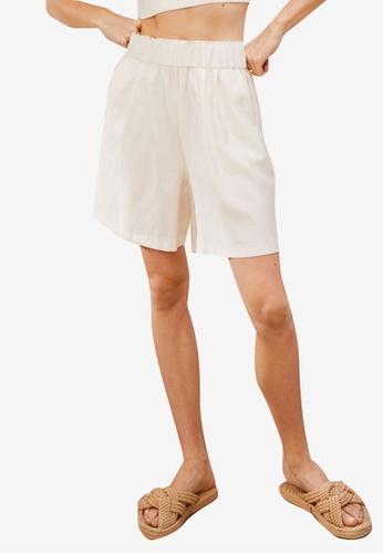 H&M white Lyocell-Blend Shorts 28970AA900E915GS_1