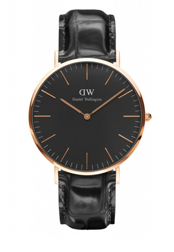Daniel Wellington black and gold Classic Black Reading Watch 40mm DA376AC86NBHMY_1