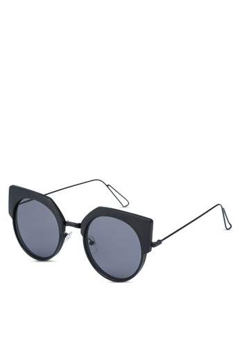 Buy Jeepers Peepers Black Round Cat Eye Sunglasses Online On Zalora
