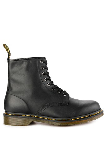 Dr. Martens black 8 Eye Boot 6F54BSHE5FAA0BGS_1