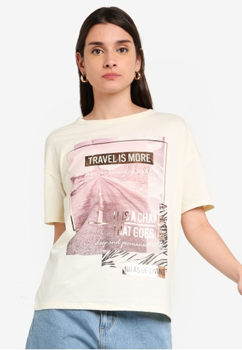LC Waikiki 米褐色 Short-袖 Crew-Neck 印花T-襯衫 AED69AA935A077GS_1