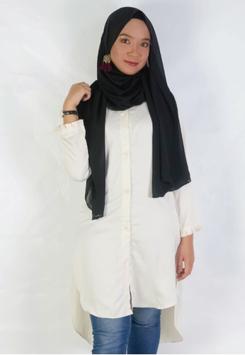 Zaryluq beige Lush Button Down in Ivory White 7AE28AA67033D3GS_1
