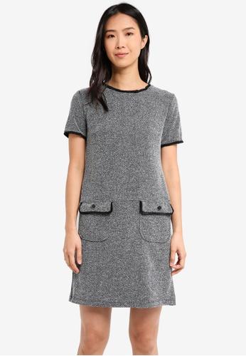 Wallis black Petite Monochrome Shift Dress WA800AA0T08DMY_1