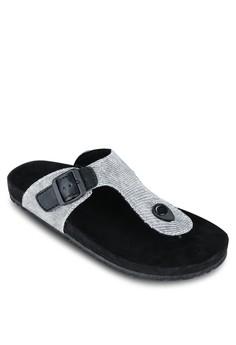 T 字帶涼鞋