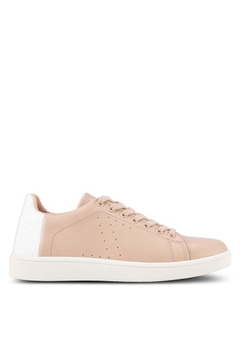 ZALORA beige Back Textured Sneakers A7CC8SHFB0C637GS_1