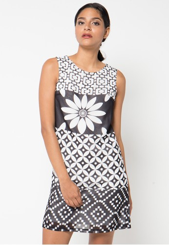 WHITEMODE black and white Brielle Dress WH193AA70QXXID_1