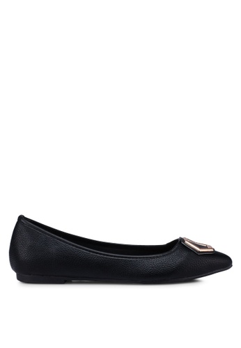 Bata black Pointed Toe Flats DFCFESH43DCC50GS_1