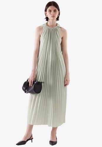 Cos green Maxi Pleated Dress 47A66AA8B86EDBGS_1