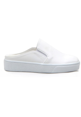 Crystal Korea Fashion 白色 韓國製新款百搭平底休閒拖鞋 E40BFSH36077F3GS_1