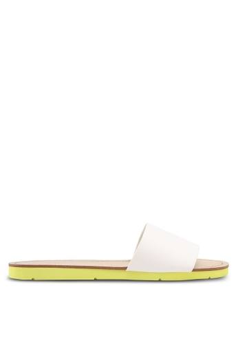 ALDO white Gwayni Flat Sandals 1D486SH4060DCEGS_1