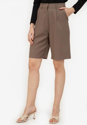 ZALORA WORK brown Knee Length Shorts D5B17AA8ECD3F1GS_1