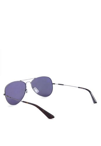e0e7552110 Shop Levi s Gun Full Rim Metal Frame Aviator Sunglasses   LV91082C3PS58    Online on ZALORA Philippines