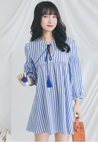 Shopsfashion white and blue Bubble Sleeve Bom Bom Dress SH656AA0GHZFSG_1