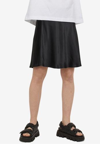 H&M black Short Satin Skirt 3EBC4AADB45E95GS_1