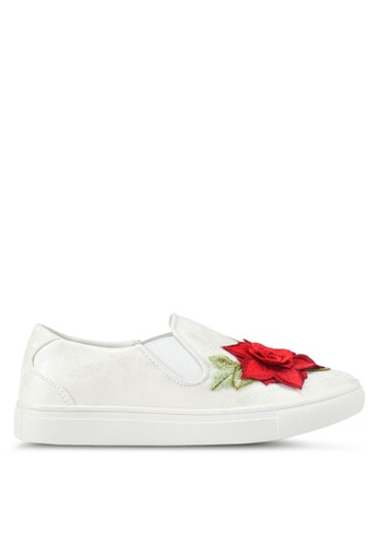 addicts anonymous white Mia Flower Applique Slip-Ons AD479SH0SZHHMY_1