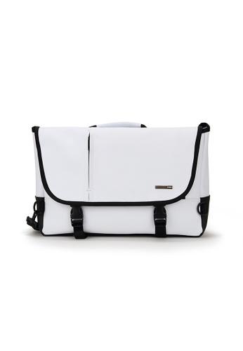 Peeps white Movement Messenger Bag A6AF8AC732B928GS_1