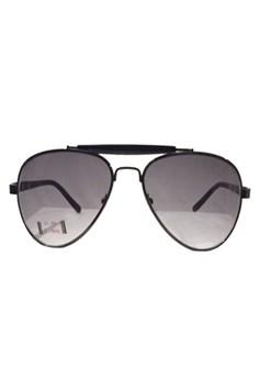 CT-5979 Sunglasses Gun Metal/Grey w/free High Quality case, Lens cleaning cloth & C-thru box.