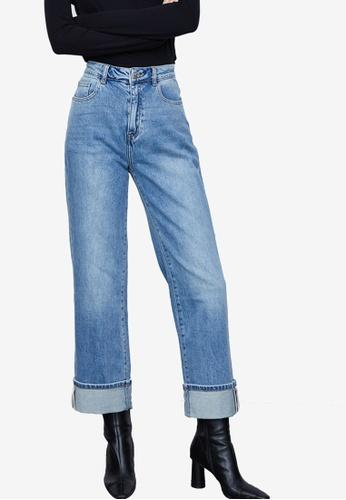 Urban Revivo blue Flare Hem Jeans 8EBB1AAA3DDE87GS_1