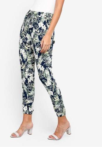ZALORA white and multi and navy Casual Jogger Pants 1D878AAA635214GS_1