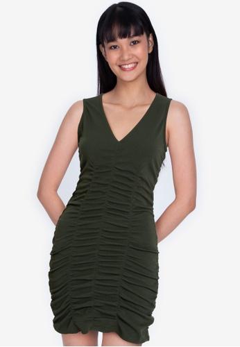 ZALORA BASICS green Ruched Detail V Neck Dress D2FA4AA1220B2BGS_1