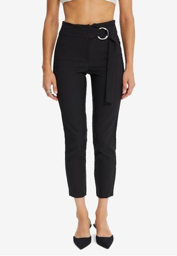 Trendyol black Crop Belt Pants 2FE4DAA1750324GS_1