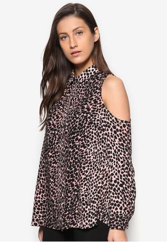 Cheetah Print Cold Shoulder Shirt、 服飾、 T-shirtTOPSHOPCheetahPrintColdShoulderShirt最新折價