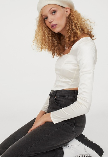 H&M white Cropped long-sleeved top 89329AACB2D205GS_1