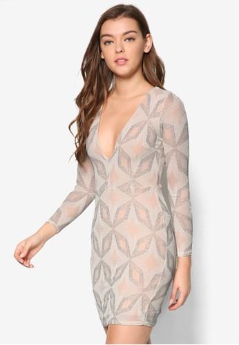 深V 領印花長袖連身裙、 服飾、 Love Your CurvesRiverIsland深V領印花長袖連身裙最新折價
