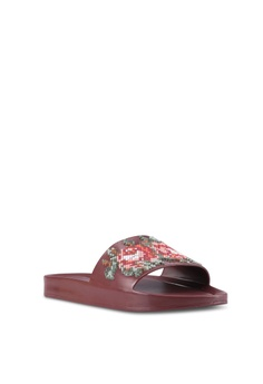 8afbbccecc8a93 35% OFF Melissa Melissa Beach Slide Flower Ad Sandals RM 369.00 NOW RM  239.90 Sizes 5