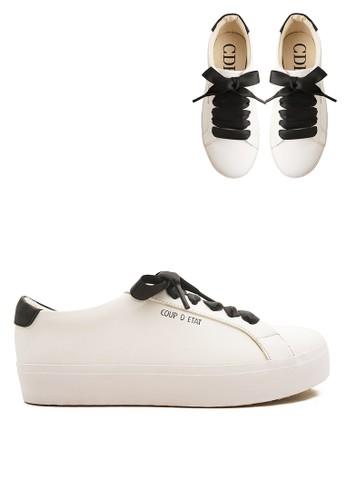 CDE white Carmilla Women Sneaker White Black with Black Ribbon (Zalora  Sepatu Wanita Sneakers 7c277173f5