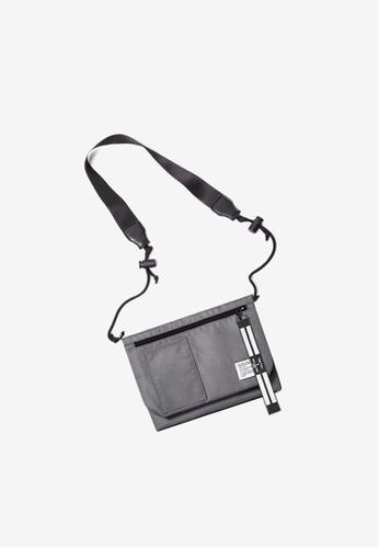 Twenty Eight Shoes Travel Utility Small Bag121A2017 373C1ACEEA8327GS_1