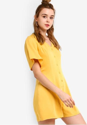 Something Borrowed 黃色 喇叭袖連身短褲 DACC1AA0836B36GS_1