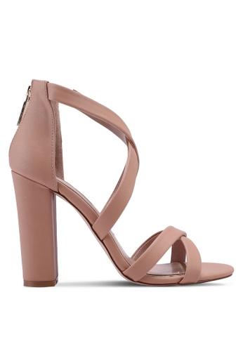 Miss KG 褐色 交叉繞帶粗跟鞋 7748BSH497503FGS_1