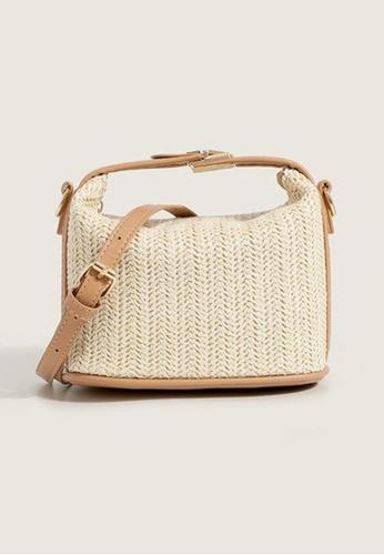 Lara beige Women's Retro Weave Shoulder Bag - Beige D10C6AC778D966GS_1