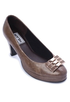 Executive Brown Snake Skin Pointed Toe With Buckle 2 ¾ inch Heel